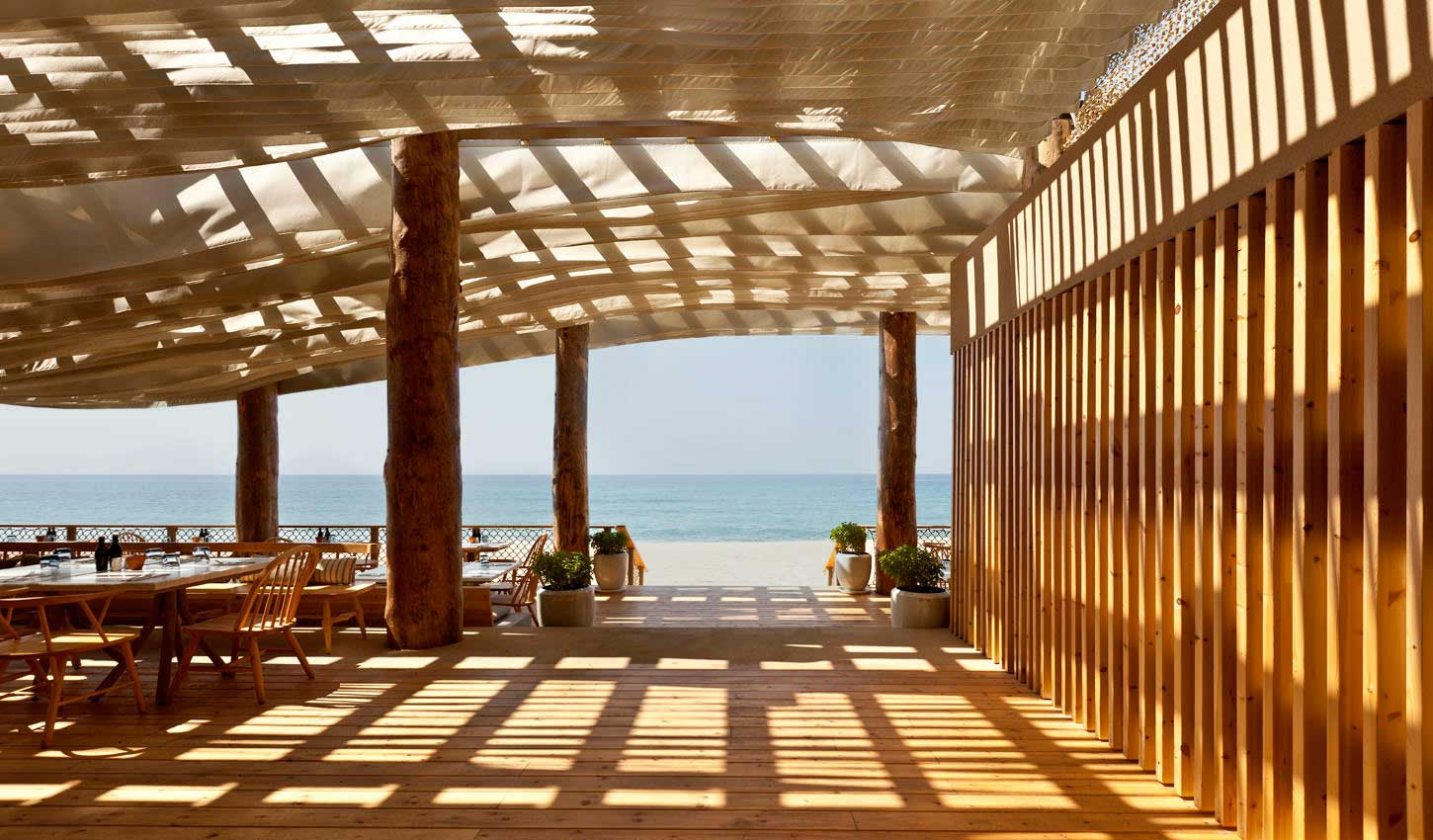 costa-navarino-barbouni-restaurant