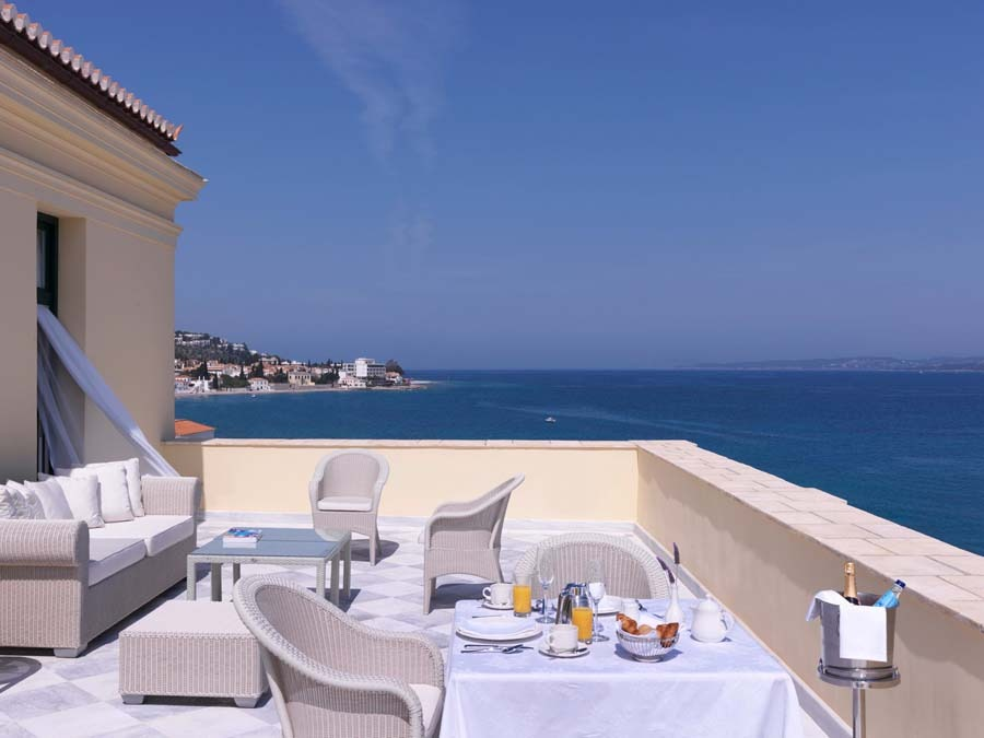 poseidonion-grand-roya-suite-terrace