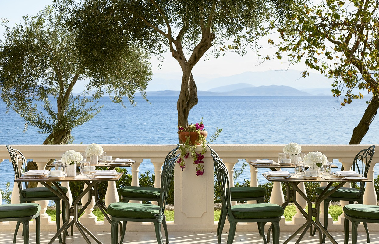 mediterranean-dining-corfu-imperial-resort